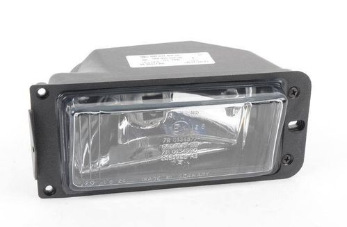 924 Front Side Light  Right  (in bumper)